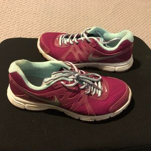 Nike Revolution 2 Women's Athletic Sneakers Shoes